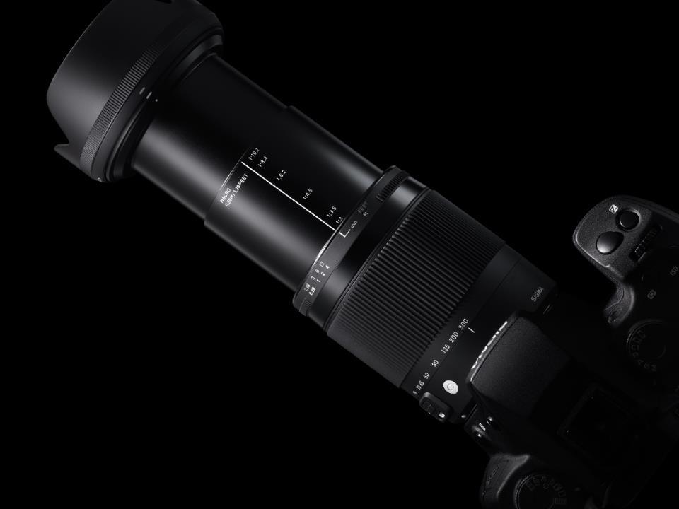 ZSW18300DCHSM - Sigma 18-300mm f/3.5-6.3 DC